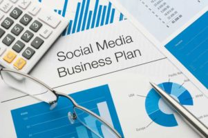 How Social Media Can Give Your Small Business a Push