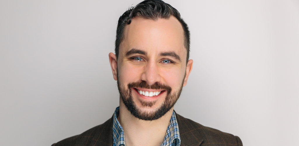 Explore 10 Digital Marketing Must-Have Hacks For 2018 With Darian Kovacs