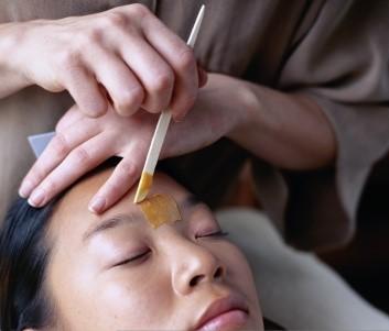Eyebrow waxing11