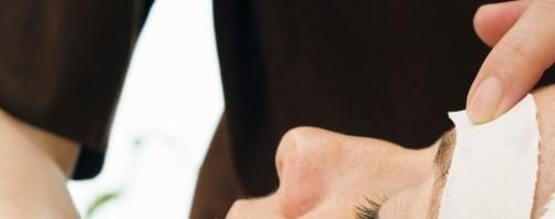 Eyebrow waxing16