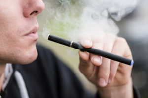 What is the difference between Disposable vs. Rechargeable E-cigs